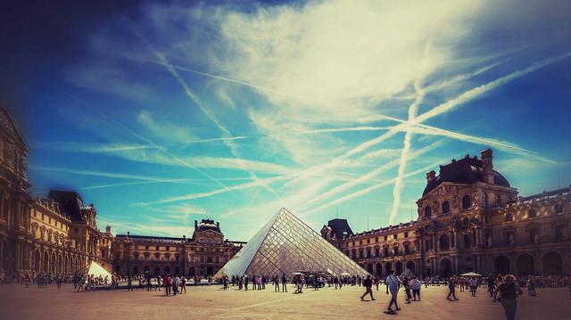 In tour dentro il Louvre