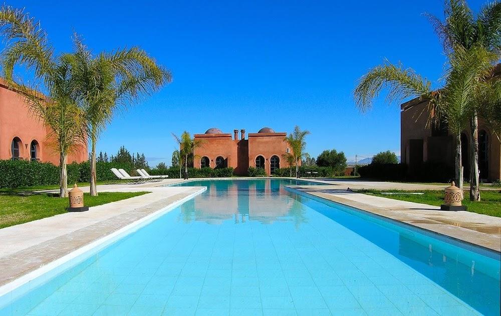 Estate azzurra: appartamenti con piscina